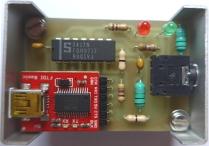 Placa de circuito impreso montada y encajada